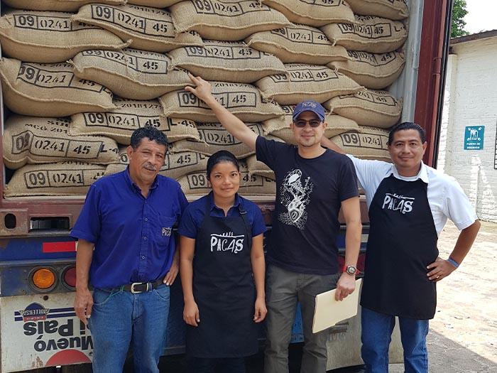 cafe kreyol organic coffee farmers pacas estate finca la esperanza el salvador 04